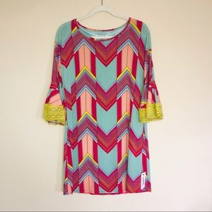Judith March • Bell-Sleeved Chevron Dress. Size L.